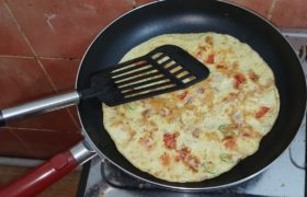 Tips to Minimize Your Risk When Cooking with Teflon Cookware